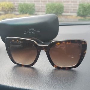 Coach tortoiseshell sunglasses case